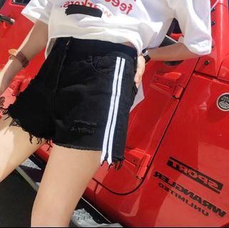🚚 [PO] high waisted shorts avail in 2 colours!