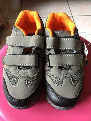 🚚 全新男童鞋