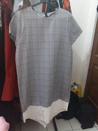 Checkered grey premium dress fit to XL