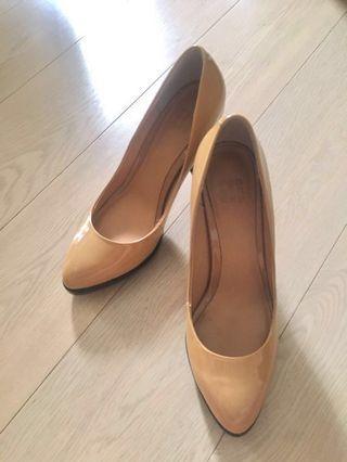 PEDDER RED 漆皮高踭鞋