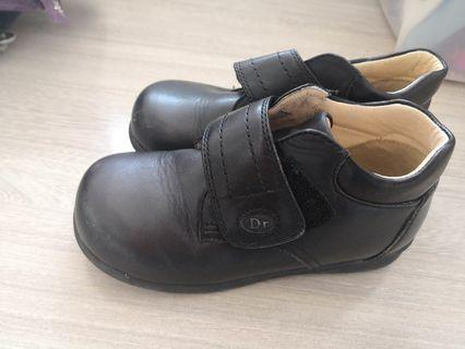 Dr Kong Black leather shoes