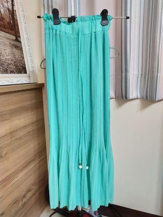 🚚 湖水綠長裙