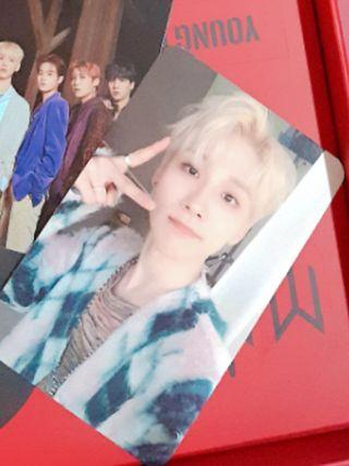 AB6IX Woong Photocard