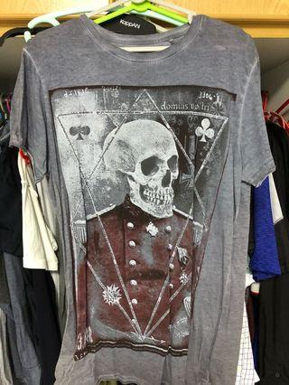🚚 New look T- Shirt