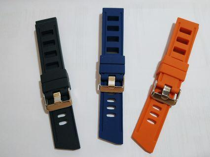 (In stock)22mm Isofrane Design Rubber Driver strap. Cheapest in carousell.