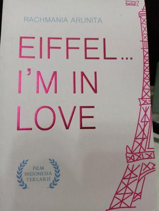Novel Eiffel... I'm in Love - Rachmania Arunita