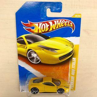 Last one! Hot Wheels Ferrari 458 Italia yellow New Models