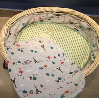 🚚 Dog / cat weaver cane basket