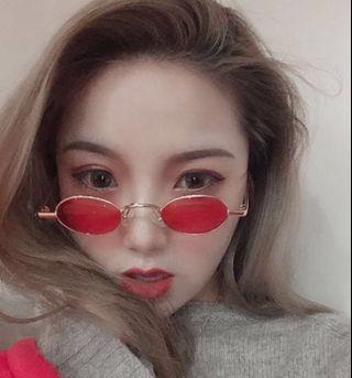 🚚 Round retro old school shades / sunglasses