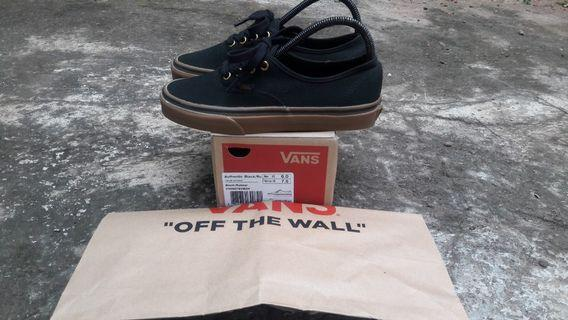 Vans authentic ruber gum sole