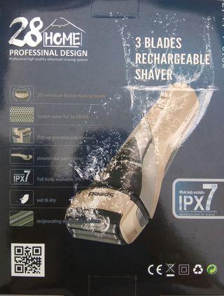 Three-blade Rechargeable Electric Shaver