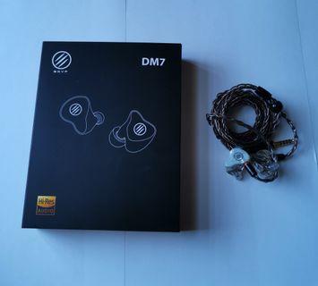 🚚 BGVP DM7 pearl white 4.4mm cable