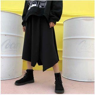 🚚 全新 不規則 黑色半身長裙