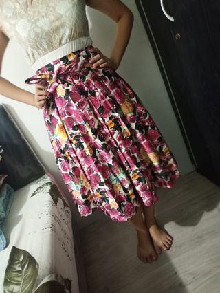 Floral Skirt pesta