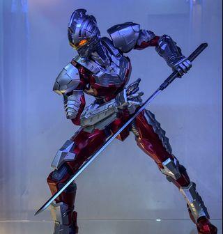 🚚 Eastern model diecast Ultraman iron seven