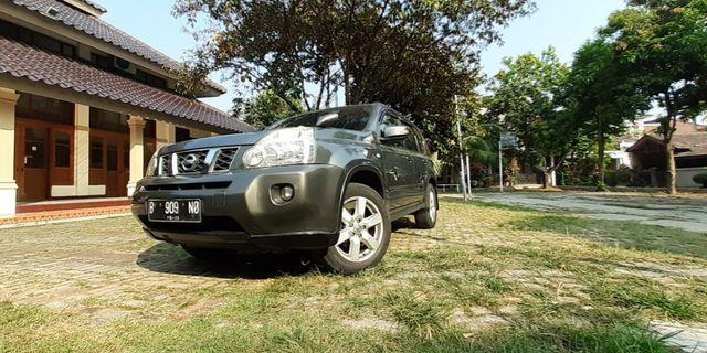 [ BUTUH UANG ] 2009 Nissan X-Trail 2.5 ST Super Mulus