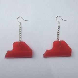Red plastic geometric drop earrings