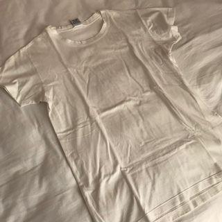 🚚 BASIC WHITE T-SHIRT