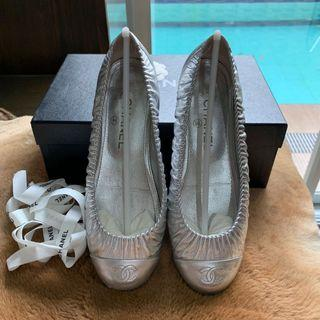 Authentic Chanel Ruched Leather Silver Flats