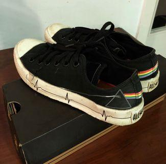 Converse Pink Floyd limited edition