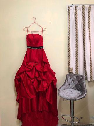 紅色晚裝裙