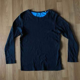 Plain colour black crew neck long sleeve t shirt