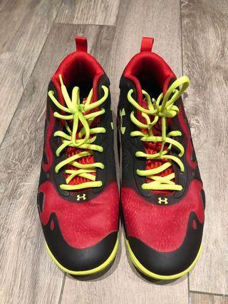 Under Armour sport shoes
