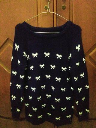 Sweater Rajut Motif Pita