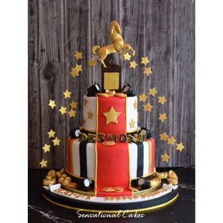 Lamborghini man theme gold elegant 3d customized 3d cake #singaporecake