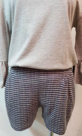 🚚 韓版後鬆緊腰針織棉條紋短褲