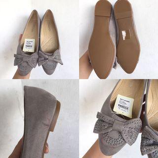 Flatshoes abu abu size 36