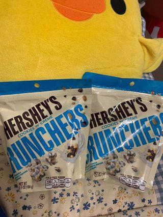 Hershey's cookies n creme crunches
