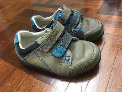 Clarks Shoes 4 1/2 F