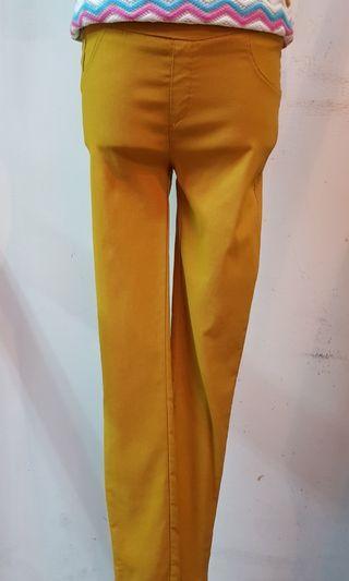 🚚 彈性內搭褲 黃色