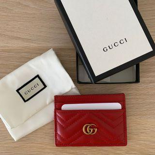 BN authentic Gucci Marmont Cardholder in red