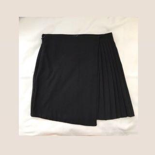 Side Pleats Mini Black Skirt