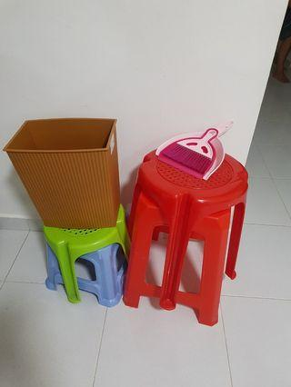 🚚 Assorted Plastic Chairs & Stools