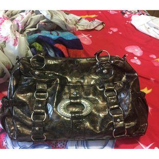 Branded leather ladies bag for sale