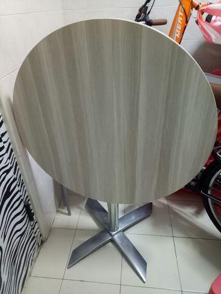 🚚 Folding table
