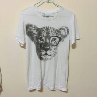 🚚 [贈]戴眼鏡小老虎 白色短袖上衣 短袖T恤 短T 白T 正韓 韓貨 韓製 純棉