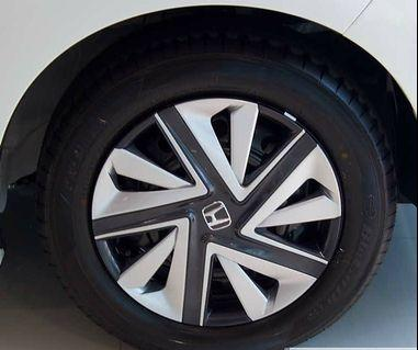 Brand new 15 inch wheel hub cap