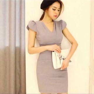 BN OL formal office flutter sleeve dress
