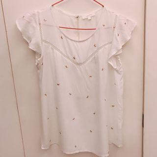 白色蝴蝶上衣