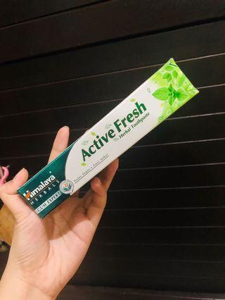 himalaya active fresh herbal toothpaste