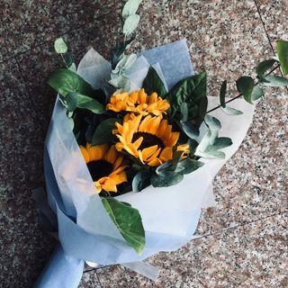 • Graduation Sunflower Bouquet •
