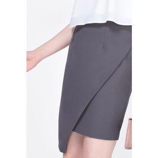 (XL) Fayth Stace Asymmetrical Skirt in Gunmetal Grey