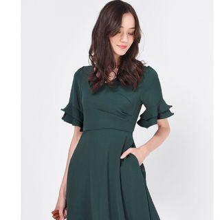 (XL) Fayth Mindy Bell Sleeve Dress in Forest Green