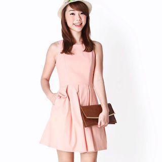 (L) AforArcade Forever Box Pleat Dress in Peach Pink