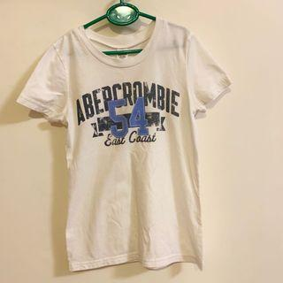 🚚 Af a&f 棉踢 短袖上衣 t shirt Abercrombie and Fitch