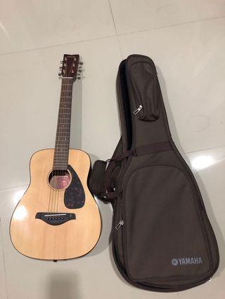 Gitar yamaha mini akustik JR2 ukuran 3/4